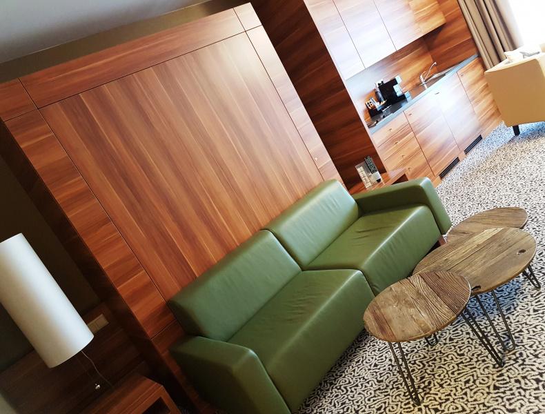 hotel zimmer kategorie gartenstudio. Black Bedroom Furniture Sets. Home Design Ideas